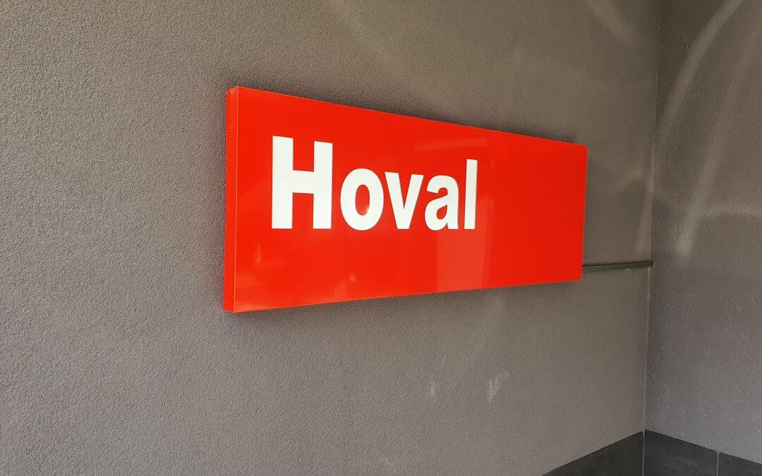 Табела с подсветка за офис на фирма Hoval