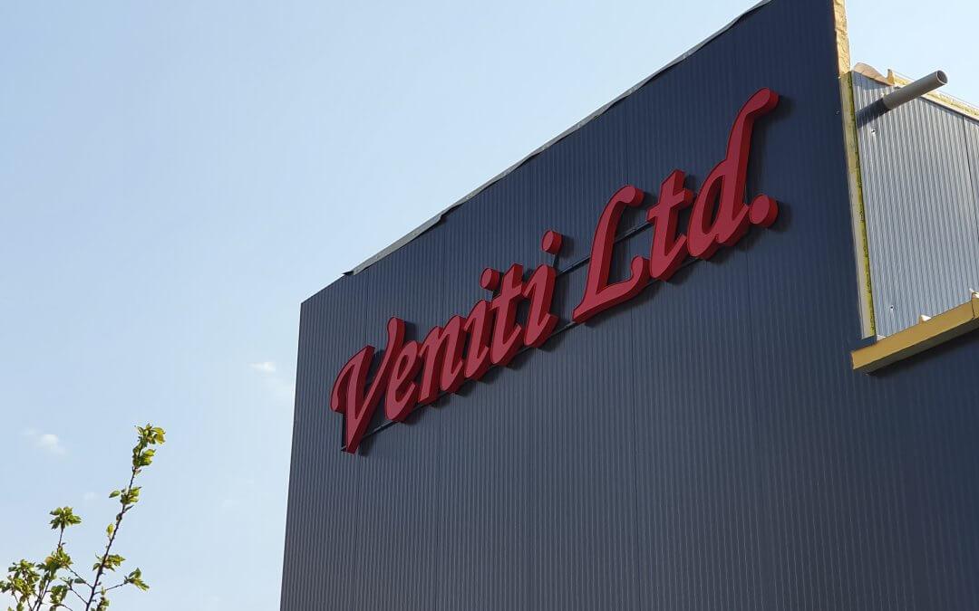 Светещи обемни букви Veniti LTD