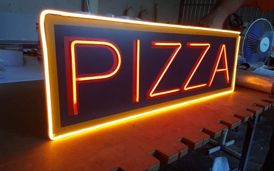 LED NEON SAMSUNG KOSE BOSE пицария Дриймс