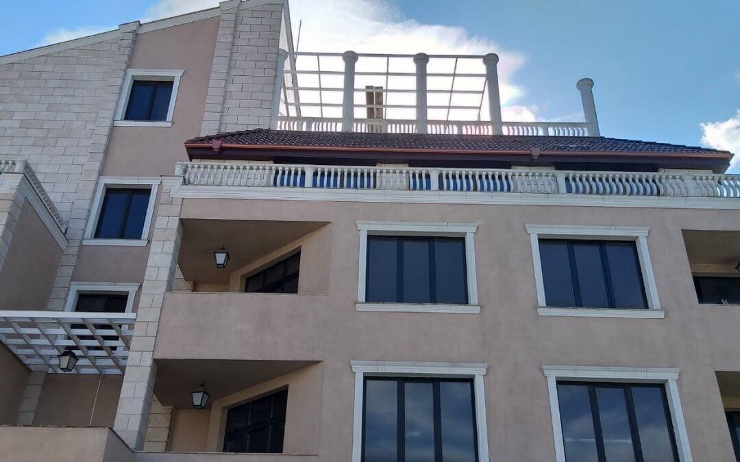 Ибера – еталбонд стреха и балкони